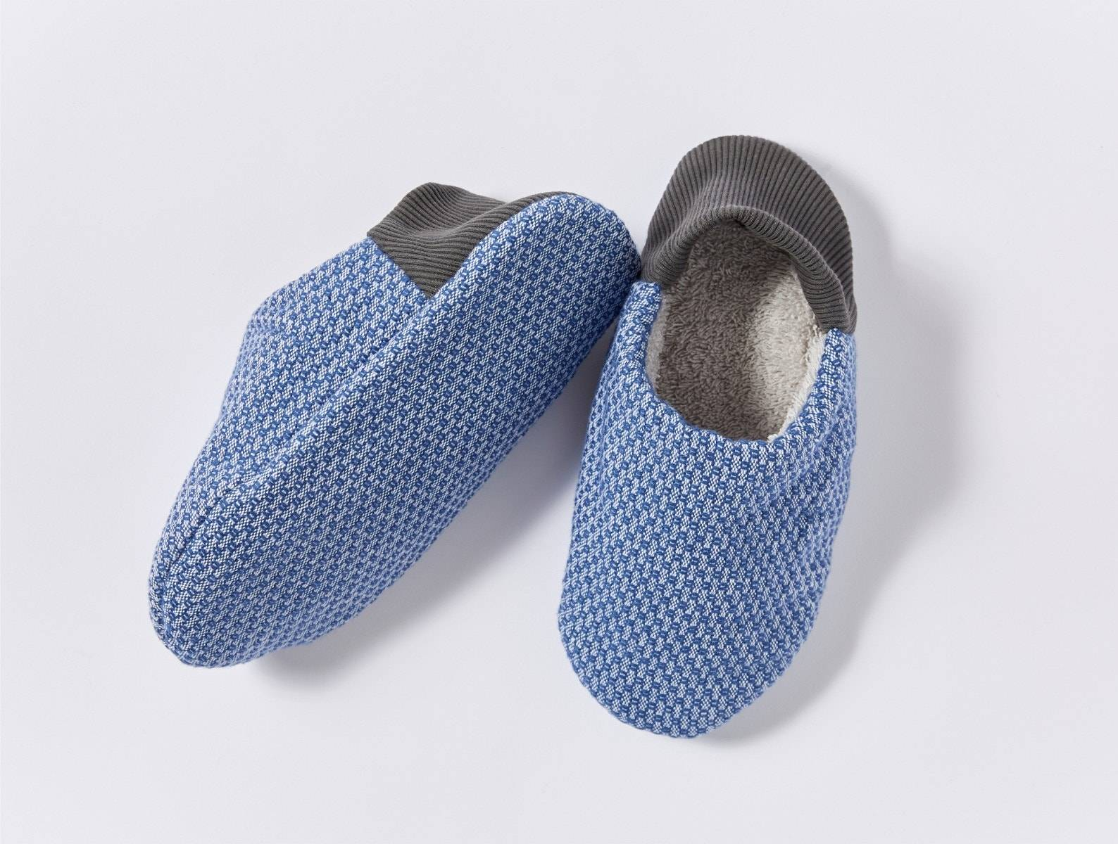 Coyuchi   Women's Mediterranean Organic Room Shoes Small Lake