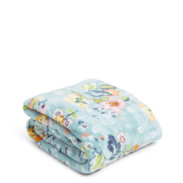 Blue Vera Bradley Plush Throw Blanket in Floating Garden Blue