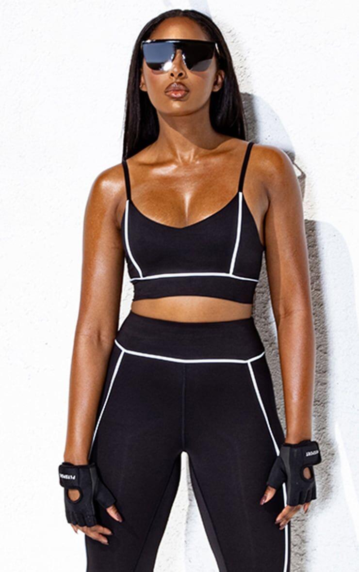 PrettyLittleThing Black Elasticated Reflective Piping Sports Bra - Black - Size: 2