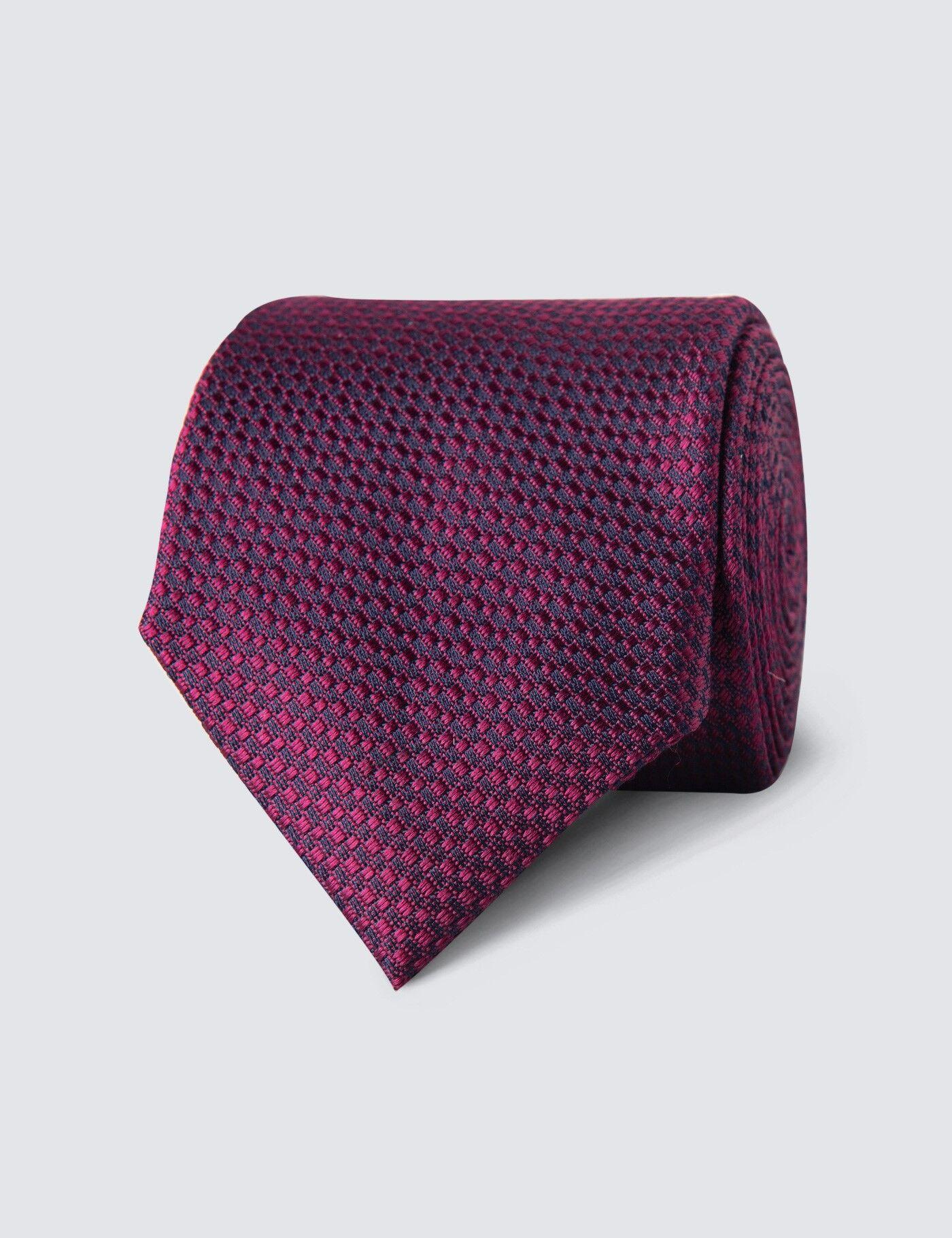 Hawes & Curtis Men's Textured Plain Tie in Magenta 100% Silk Hawes & Curtis