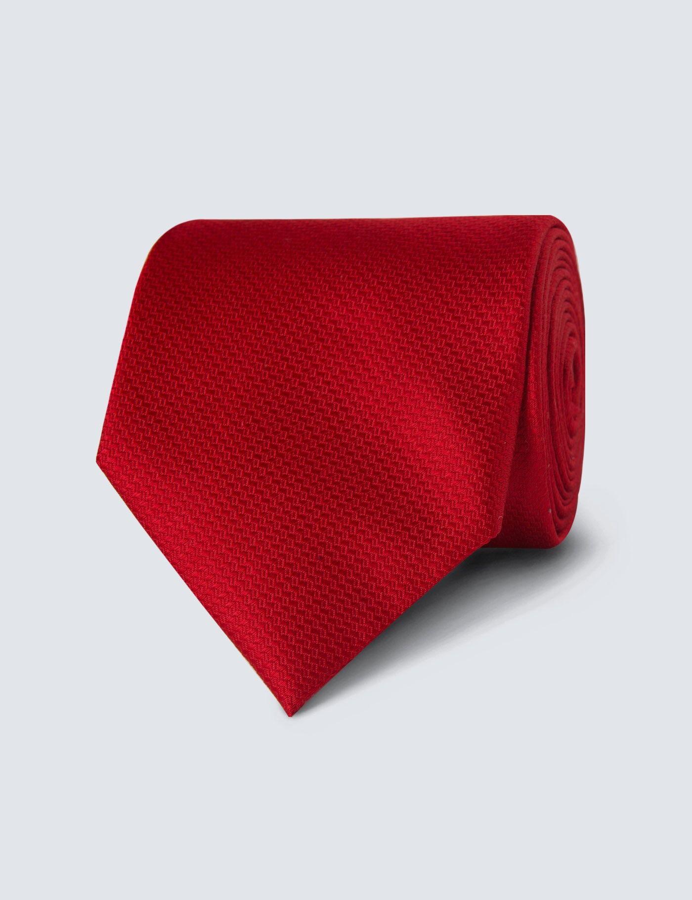Hawes & Curtis Men's Plain Basket Weave 100% Silk Tie in Red