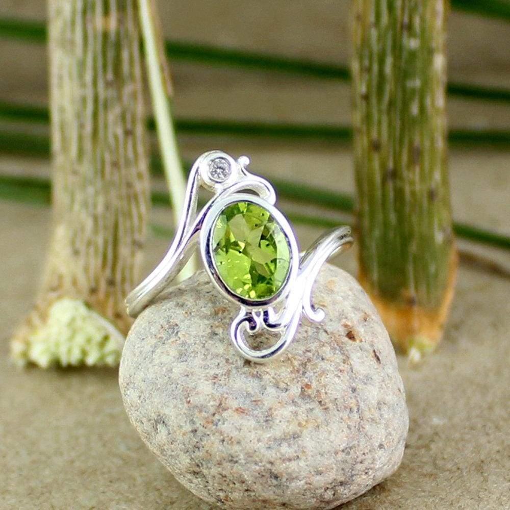 Maya Studio Silver peridot Ring, Designer peridot, 925 peridot Jewellery, filigree ring