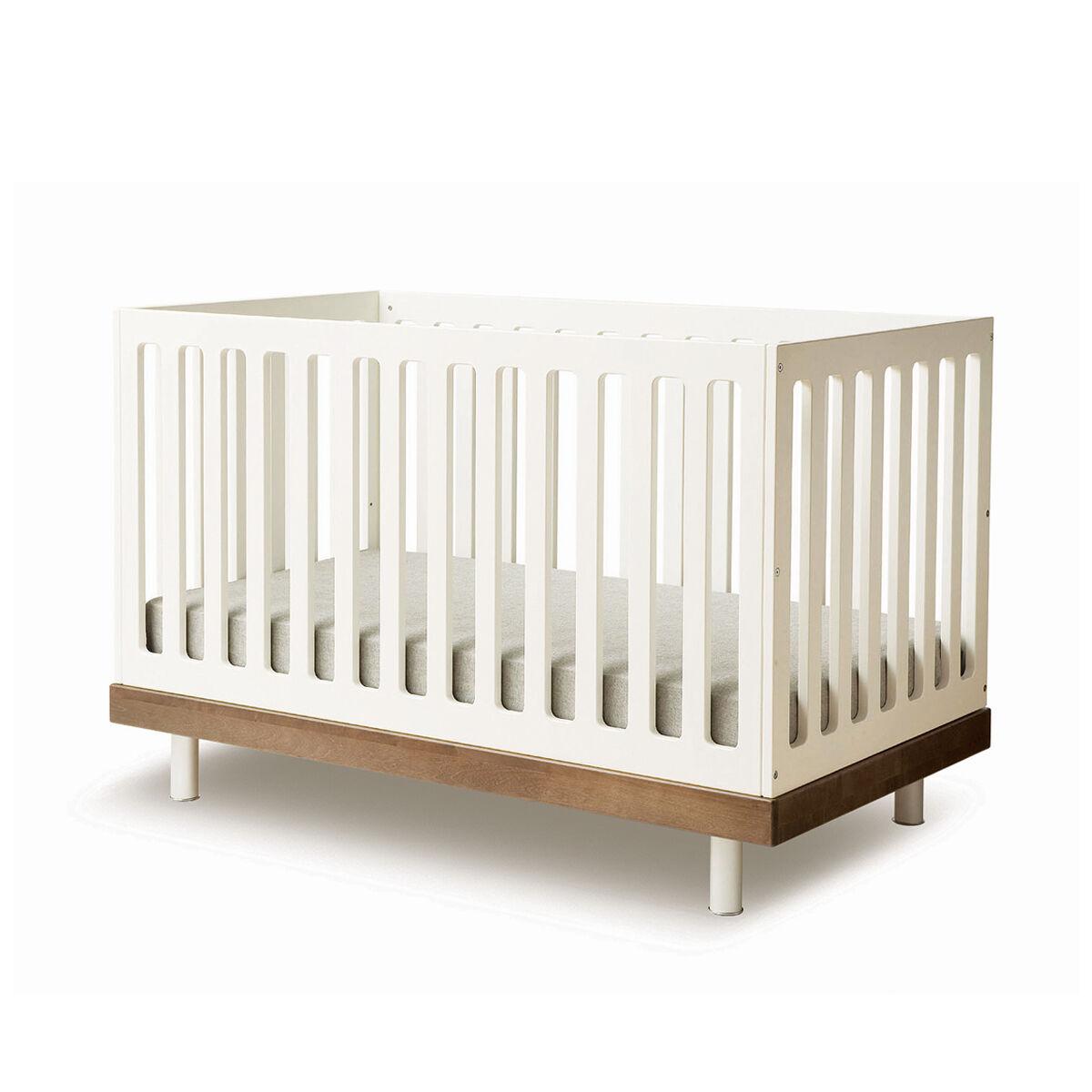 Oeuf Classic Crib (Color: Walnut)
