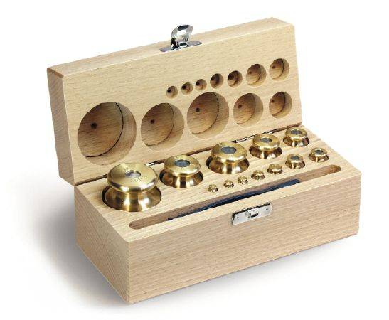 BrainBoosters 1 g-5 kg M2 Class Set of Weight in Wooden Box with Finely Turned Brass