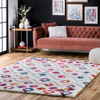 Rugs USA Pink Radiance Kids Bohemian Diamond Trellis Shag rug - Bohemian Square 7' 10