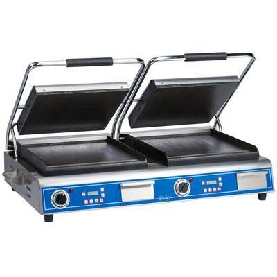 "Globe ""Globe GSGDUE14D Deluxe Double Sandwich Grill with Smooth Plates - Dual 14"""" x 14"""" Cooking Surfaces - 208/240V, 7200W"""