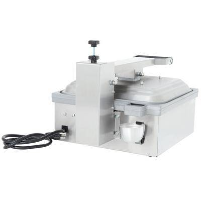 "Vollrath ""Vollrath 40791 Smooth Top & Bottom Panini Sandwich Grill - 13 5/16"""" x 12 3/16"""" Cooking Surface - 120V, 1800W"""