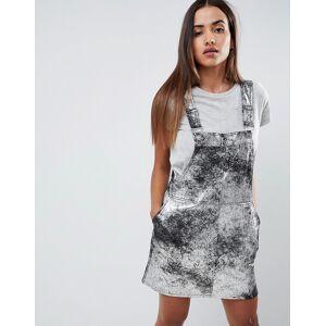 9a818d89750c Se TILBUD på COLLUSION mini high neck skater dress with open back ...