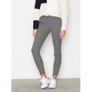 63abb16d Se TILBUD på Selected Femme Slfmia Mw Cropped Leather Pant W hos ...