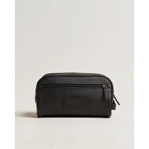 Barbour Lifestyle Leather Washbag Black