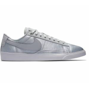 Nike Blazer Low SE Dam Sneakers blå