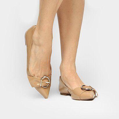 Sapatilha Shoestock Bico Fino Fivela Drapeado - Feminino-Nude