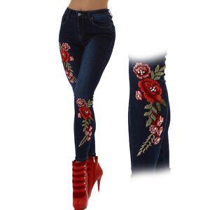 Blå Jeans med Rosenbroderi och Pärlor