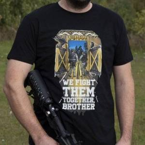Brother We Fight Them Together Brother T-Shirt By Warheads Paintball (Storlek: Large)
