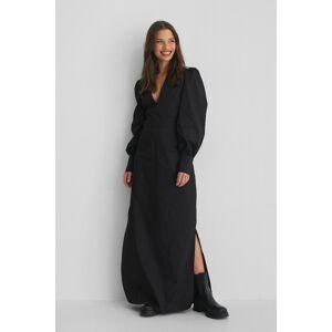 Selma Omari x NA-KD V-Neck Maxi Dress - Black  - Size: EU 32,EU 34,EU 36,EU 38,EU 40,EU 42
