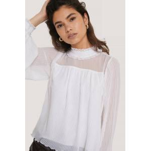 NA-KD Party Pleated Frill Neck Blouse - White