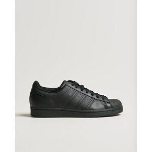 adidas Originals Superstar Sneaker Black men EU40