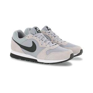 Nike MD Runner 2 Sneaker Wolf Grey