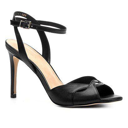Sandália Shoestock Salto Fino Cruzada Feminina - Feminino-Preto