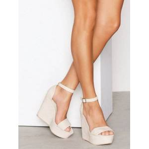 NLY Shoes Wedge Sandal Wedge Beige