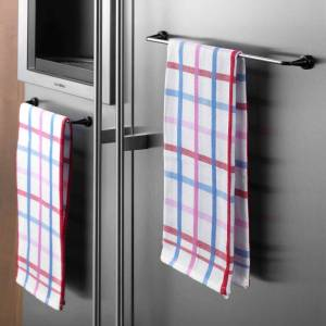 ByMagnet Reenbergs Magnetic Cloth Rail - W/ Metalplate (For Wall)