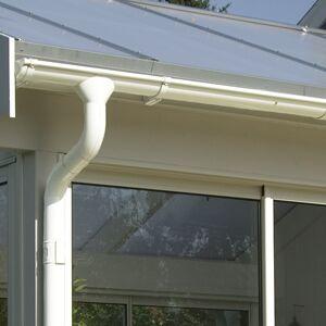 För veranda med valmat tak Takavvattning För valmat tak 23,2 m²