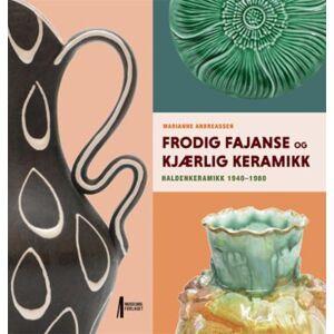 Frodig fajanse og kjærlig keramikk - Haldenkeramikk fra 1940-1980