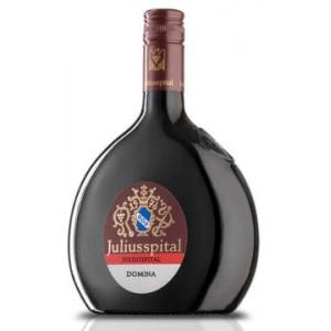 Weingut Juliusspital Juliusspital Domina halbtrocken Qualitätswein 2018er Bocksbeutel