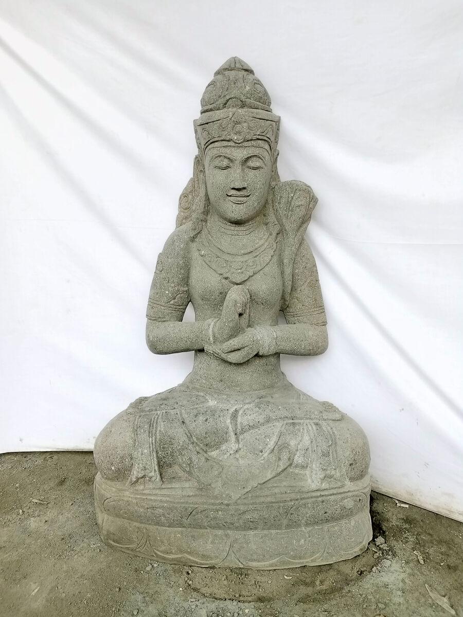 Wanda Collection Statue exterieur visage déesse balinaise en pierre volcanique 120 cm