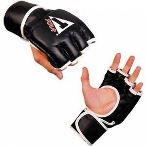 Title Boxing Guanti sintetici Pro concorrenza di titolo classico MM...