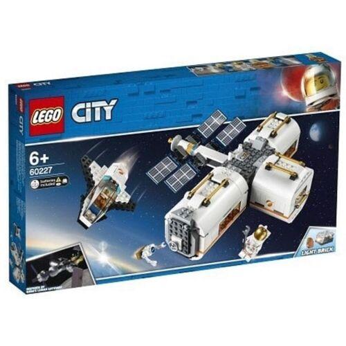 LEGO® Mond Raumstation
