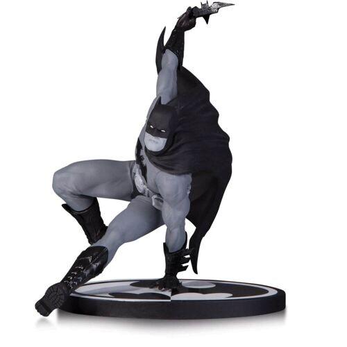 DC Collectibles DC Dekofigur Batman schwarzweiß