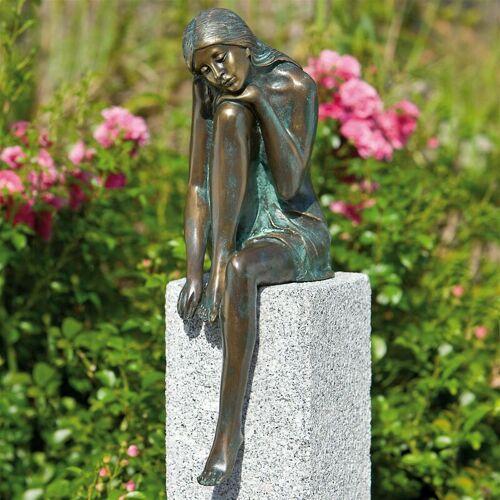 ROTTENECKER Gartenfigur 'Emanuelle auf Granitstele' von Bronze und Granit, Höhe:
