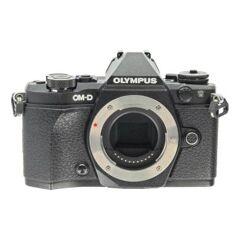Olympus OM-D E-M5 Mark II Schwarz