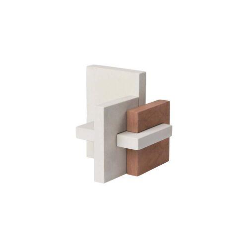 Kristina Dam Studio - Block Skulptur, L 22 x H 23 cm, hellgrau / rot