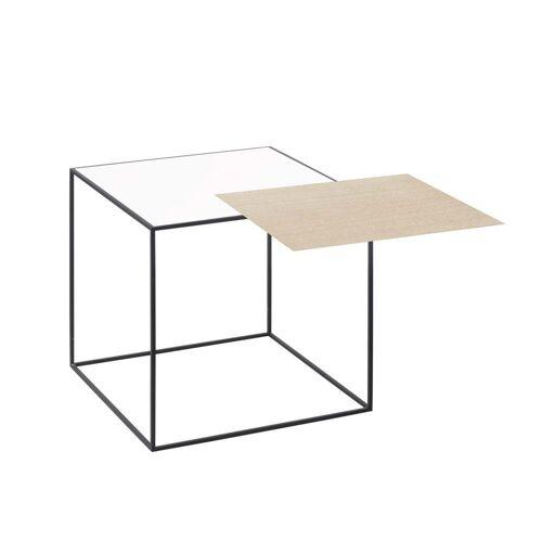 by Lassen - Twin 35 Beistelltisch, schwarzer Rahmen, Eiche / weiß
