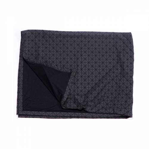 Mika Barr - Folding A-Part Wolldecke, schwarz