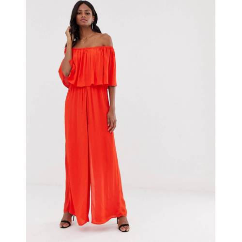 River Island – Schulterfreier Jumpsuit in Rot 34