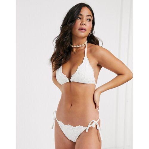 New Look– Weißes Triangel-Bikinioberteil mit Softcups 42
