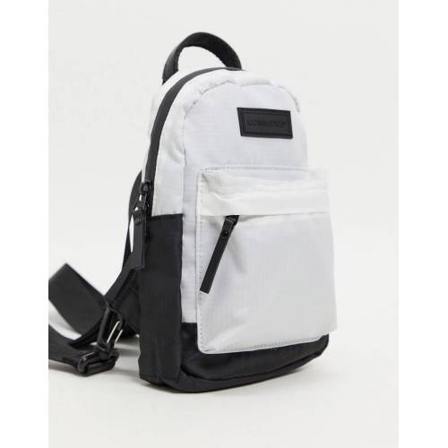 Consigned – Kleiner Rucksack in Weiß mit Vordertasche-Schwarz No Size