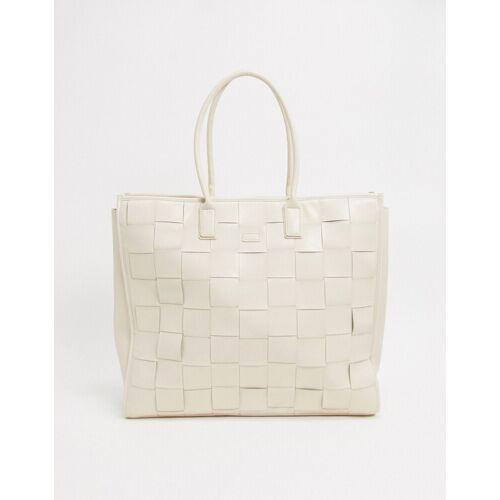 NA-KD – Gewebte Oversize-Handtasche in Creme-Weiß One Size