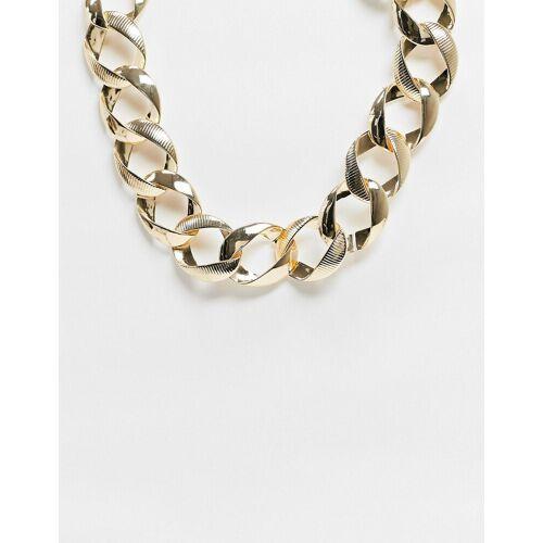 Pieces – Breite Halskette in Gold One Size