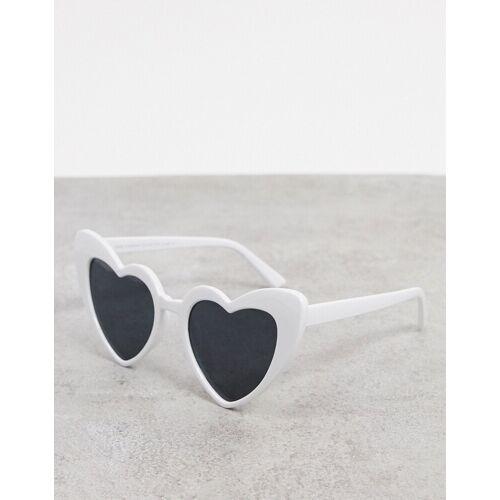 SVNX – Herzförmige Sonnenbrille inWeiß One Size
