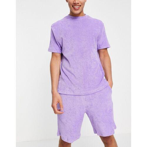 ASOS DESIGN – Lounge-Pyjama-Set mit T-Shirt und Shorts aus Frottee in Lila 2XL