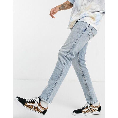 ASOS DESIGN – Schmale Jeans in heller Waschung mit Abnutzungen-Blau W36 L30