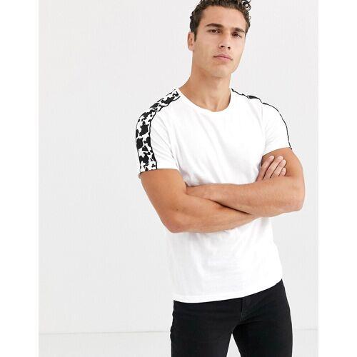 Brave Soul – T-Shirt mit Zierstreifen mit Kuhmuster-Weiß M