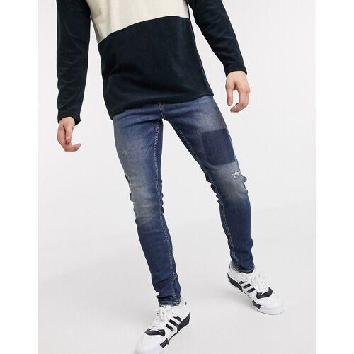 New Look – Enge Jeans mit Aufnäher in Blau W32 L30