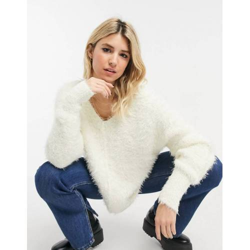 Free People – Icing – Oversize-Pullover mit V-Ausschnitt in Creme-Weiß M