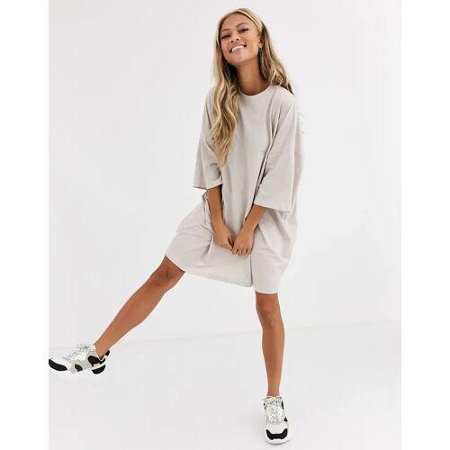 ASOS DESIGN – Oversized-T-Shirt-Kleid in Hafermehl-Beige 38