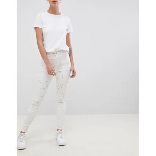 ASOS DESIGN – Ridley – Enge Jeans mit hoher Taille und Painter-Style in Pax-Painted-Waschung-Weiß W25 L32